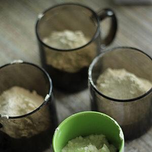 4 стакана муки
